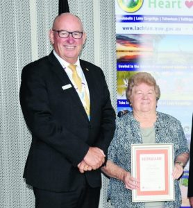 Lachlan Shire Australia Day Ambassador Allan Sparkes, CV, OAM, VA, FRSN and Betty Breese, who accepted the Lachlan Shire Citizen of the Year 2021 award, on behalf of Lana Masterson from Lake Cargelligo, who unfortunately could not attend the event. Image Credit: Melissa Blewitt.