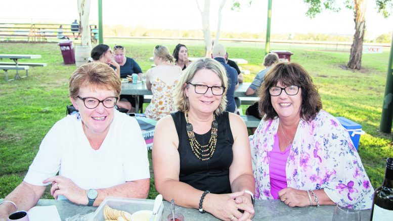 Kim King, Lisa McDonald (Mudgee) and Claire Toole (Mudgee). Image Credit: Kathy Parnaby.