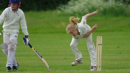 https://pixabay.com/photos/cricket-bowling-girl-junior-player-724620/