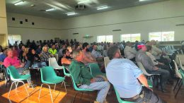 Hundreds of people turned up for a meeting regarding Gas Exploration in the Far West of NSW at Ivanhoe on 30 March. State Member for Barwon Roy Butler has praised community members for the motion, which they put forward at the meeting. Image Credit: www.roybutler.com.au