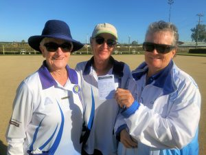Pam Nicholl and Cathy Thompson, Semi-Finalists (Condobolin Sports Club), with Marker Kerry Turner (Lake Cargelligo). Image Contributed.
