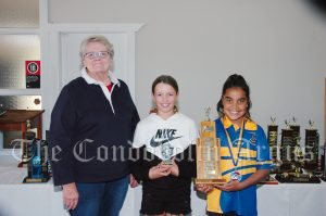 Margaret Karsten with Lucy McFadyen (9 Years Girl Champion) and Kelise Dargin (9 Years Girl Champion Runner Up). Image Credit: Kathy Parnaby.