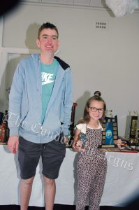 Tim McDonald with Cleo Whiley (7 Years and Under Champion). Image Credits: Kathy Parnaby.