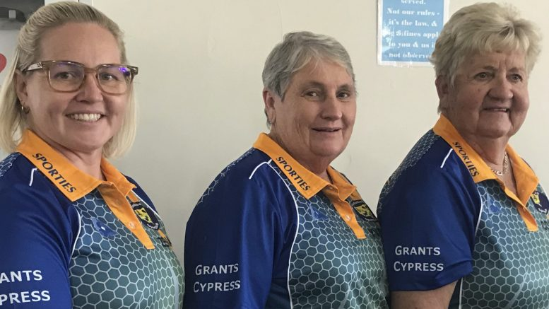Zena Jones, Yvonne Johnson and President Colleen Helyar(S) were the winners of the Condobolin Sports Gala Day. Image Contributed.